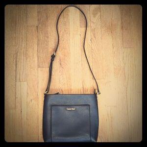 NWOT Calvin Klein crossbody purse